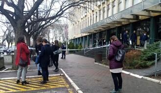 FOTO: Ponovo dojava o bombi u novosadskom sudu