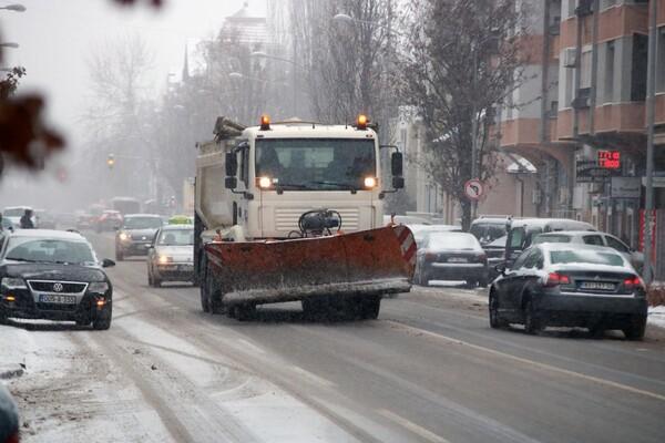 Oblačno i kišovito, uveče sneg, najviša dnevna u NS oko 8°C