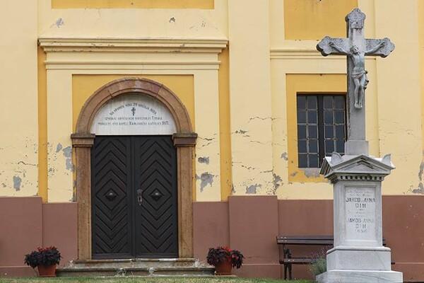 U Sremskim Karlovcima sahranili člana porodice, on se pojavio živ