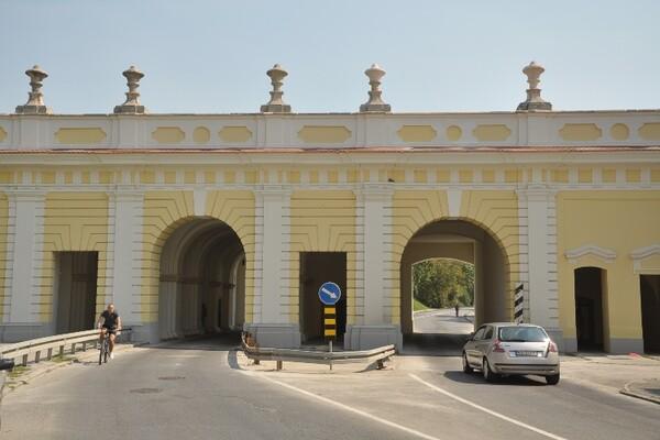 Beogradska kapija dobija rasvetu i dekorativno osvetljenje