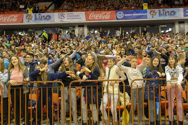 "Na Spensu počele ""Sportske igre mladih"", The Frajle večeras na Trgu slobode"