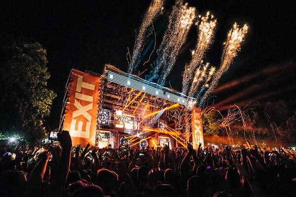 Uz jednu EXIT kartu na četiri EXIT festivala!