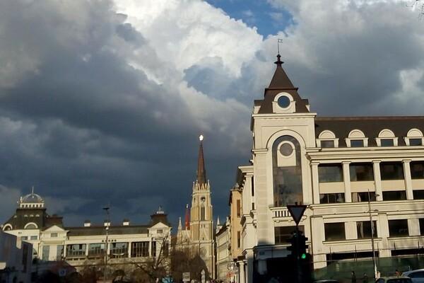 Promenljivo oblačno, mestimično s kišom, najviša dnevna u NS oko 19°C